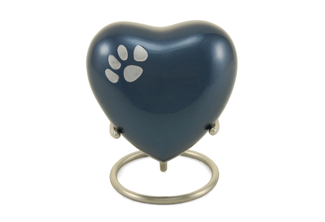 Keepsake Heart- Odyssey Single Paw Moonlight Image